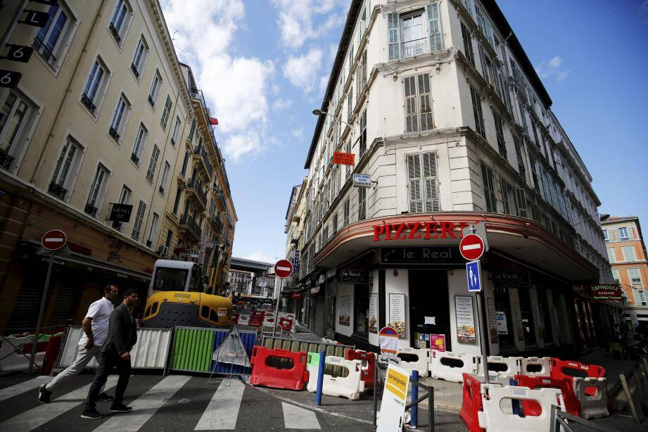 Les travaux sont en veille devant le 4, rue de Belgique.