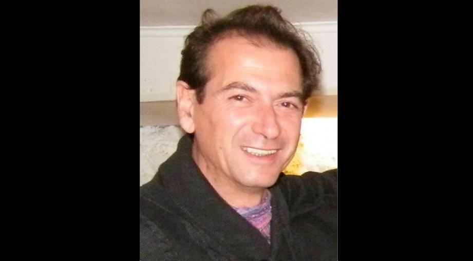 Marc Rogano dirigeait depuis 15 ans l'Abreuvoir au village de Mougins, un propre piano-bar-cocktails-tapas qu'il avait créé à son image et qui faisait aussi office de siège de l'association des «Barmen de France Côte d'Azur» dont il était le vice-président.