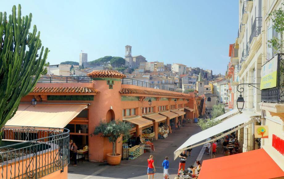 Le marché Forville à Cannes.