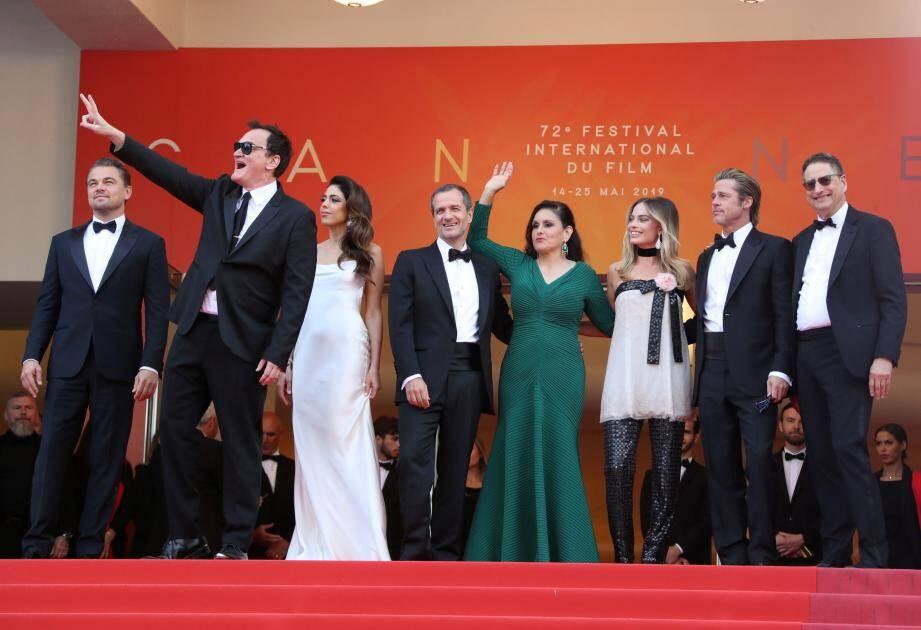 Le casting de Once upon a time... in Hollywood, au sommet des marches, lors de la 72e édition du Festival de Cannes.