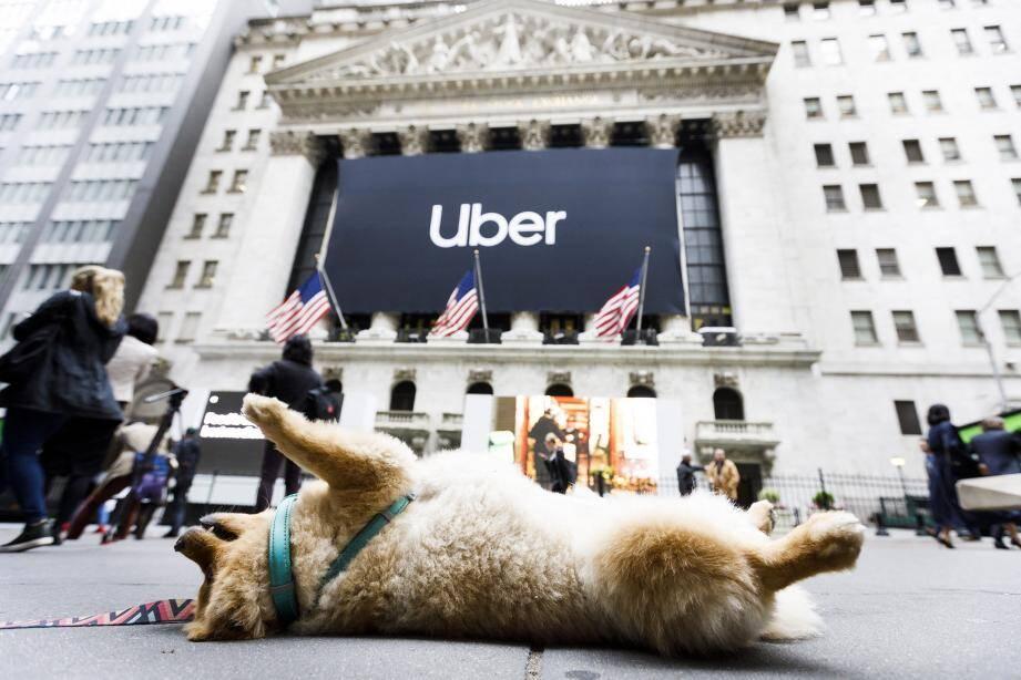 Uber a fait son entrée en grandes pompes à la bourse de New York.