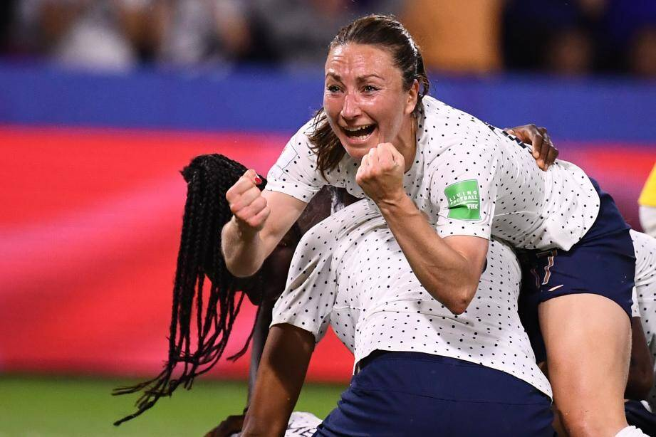 Gaëtane Thiney avait laissé exploser sa joie, dimanche dernier, quand Amandine Henry a donné la victoire aux Bleues face au Brésil (2-1 a.p.).