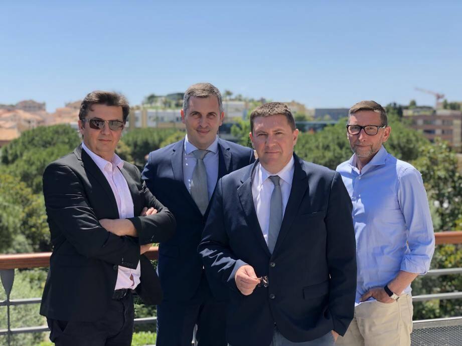 Michele Degli Albizi et Thierry Loutre (à gauche) ont créé un nouveau syndicat affilié à la F2SM de Cédrik Lanari et Hubert Dupont-Sonneville (à droite).