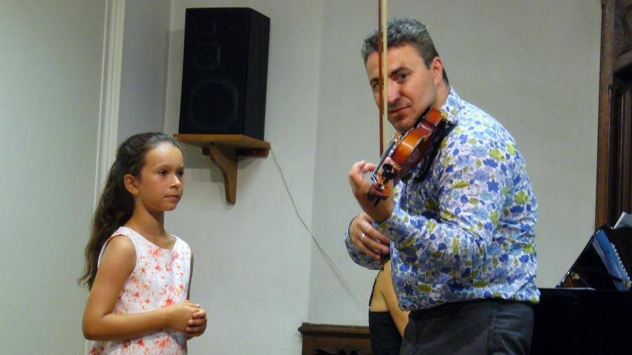 Maxime Vengerov donnera des cours en public, de 14 heures à 16 heures ces jeudi et vendredi, en l'église anglicane Saint Paul.(DR)