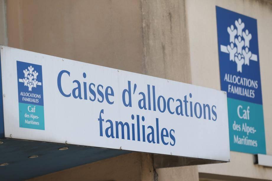 La mère de famille  a été condamnée à trois mois d'emprisonnement avec sursis. Le père, en revanche, a été relaxé car les faits étaient prescrits.
