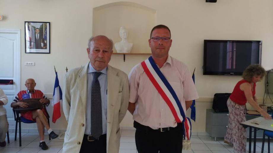 Le maire, Jacques Varrone, aux côtés de son nouvel adjoint, Jean-François Lalande (à droite), qui devrait prochainement récupérer la délégation à l'urbanisme.