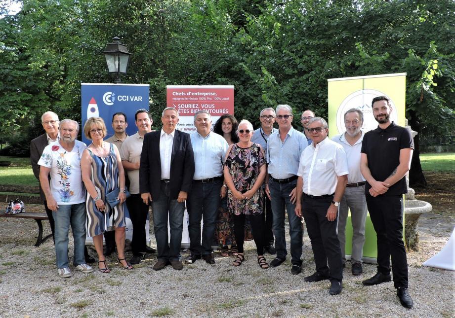 Romain Carrere (premier à droite) est venu présenter sa société Décibel Agency et partager son expérience de jeune créateur. Une initiative de la CCI du Var.