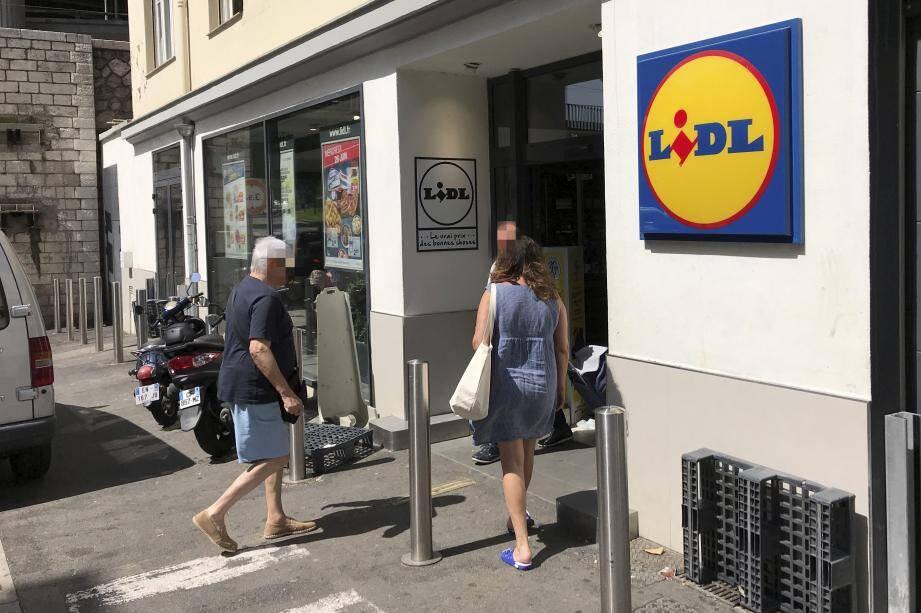 C'est dans ce magasin Lidl que le geste solidaire s'est déroulé la semaine dernière.