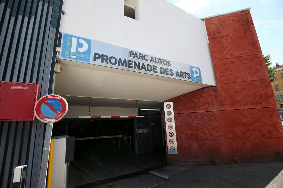 C'est dans ce parking de l'avenue Saint-Jean-Baptiste, proche du Vieux-Nice, que la victime a été agressée.