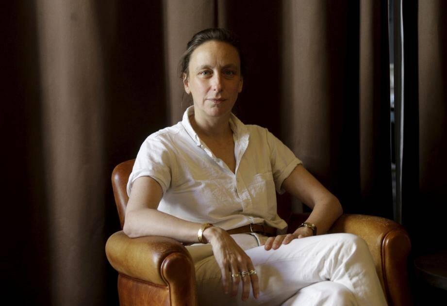 Céline Sciamma a reçu le prix du scénario à Cannes pour son nouveau film, « Portrait de la jeune fille en feu », qui faisait hier soir l'ouverture du festival In & Out au cinéma Le Rialto.