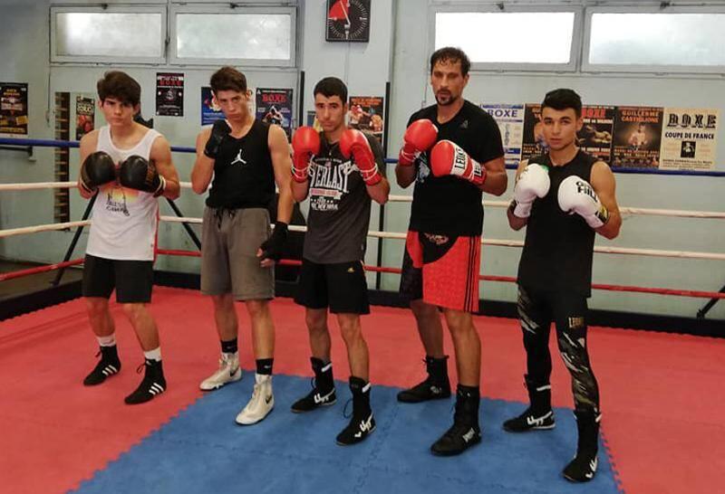 (au centre) et Soufian Rachid (à sa gauche).
