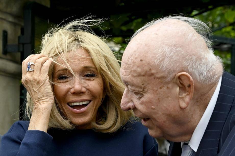 Brigitte Macron et le maire de Marseille Jean-Claude Gaudin.