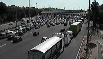 La circulation est restée congestionnée à la barrière de péage d'Antibes.