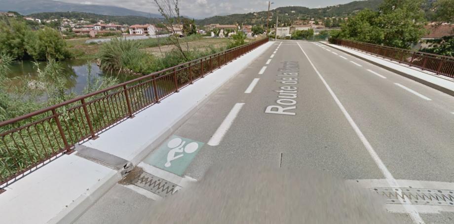 L'accident s'est déroulé route de la Fènerie, à Pégomas.