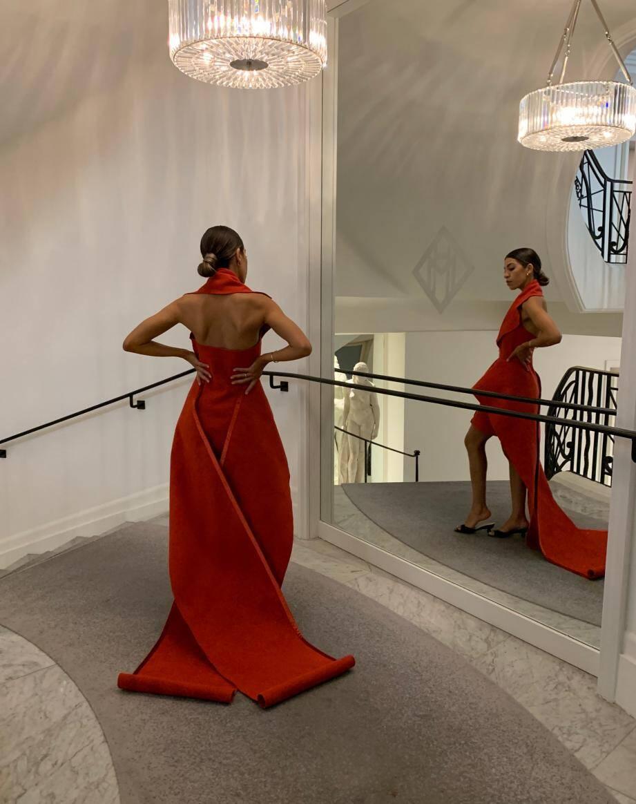 Influenceuse à la mode, Fadela Mecheri a pu jouer la star lors du dernier Festival de Cannes: il faut dire aussi que le tapis rouge lui va à ravir!