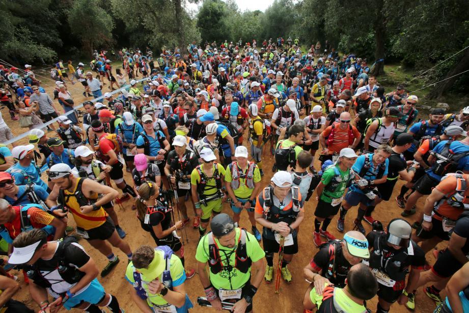Le départ de l'Ultra Trail Nice Côte d'Azur Mercantour en 2018.