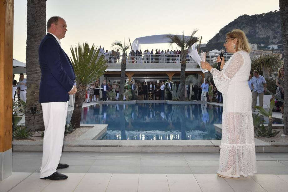 Le prince Albert II a accepté l'invitation de Louisette Azzoaglio Levy-Soussan qui a fêté les neuf ans de CREM.