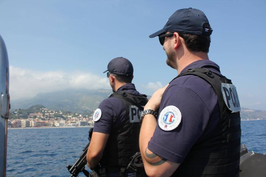 La brigade maritime traque toute infraction commise en mer.