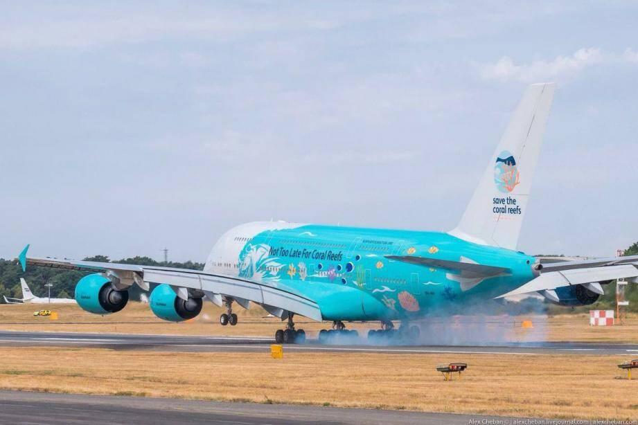 La livrée de l'A380 est un message militant pour la défense des récifs coralliens.(DR)