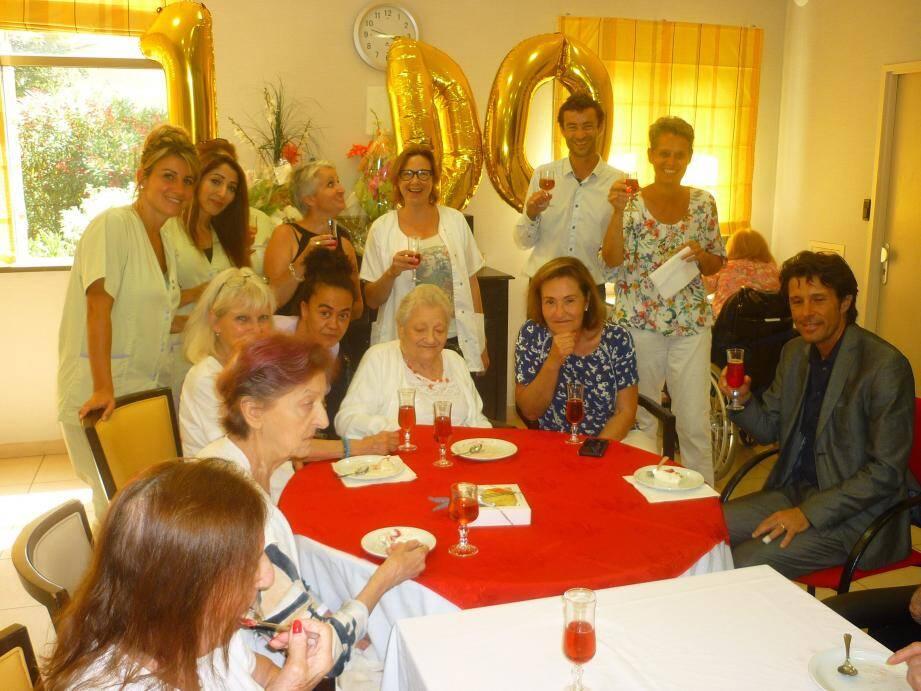 Nadine Mouniqua a fêté ses 100 ans à l'Ehpad Les Aquarelles(DR)