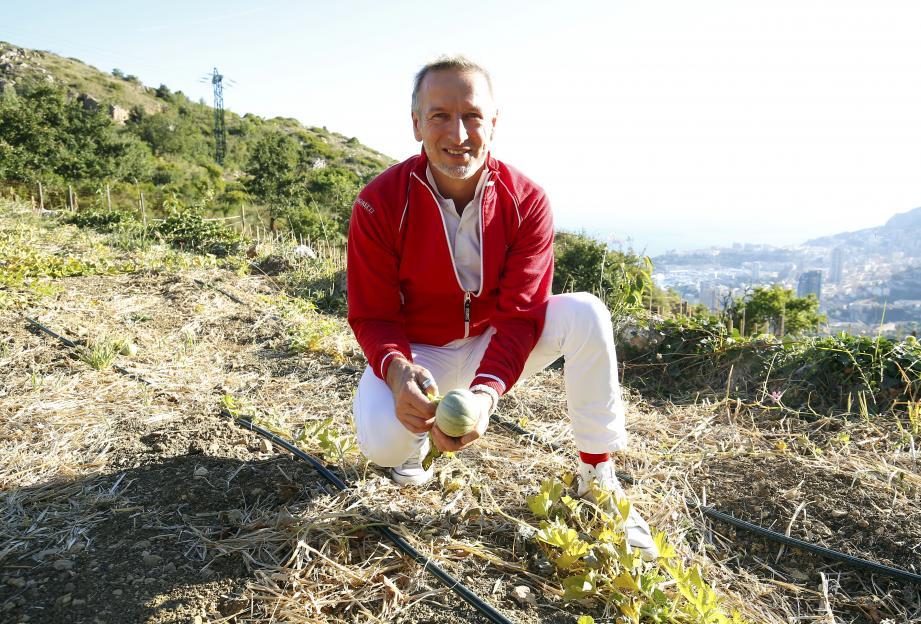 Le chef, arrivé à Monaco en 2012, a reçu une étoile Michelin en 2014 pour son travail au restaurant Elsa du Monte-Carlo Beach.