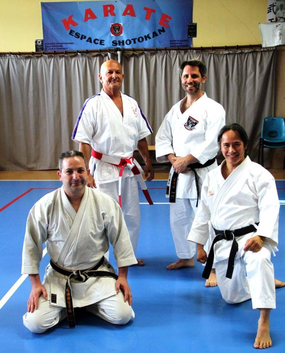 Debout : Baudouin, Gomez, devant Gherab et Yang au dojo