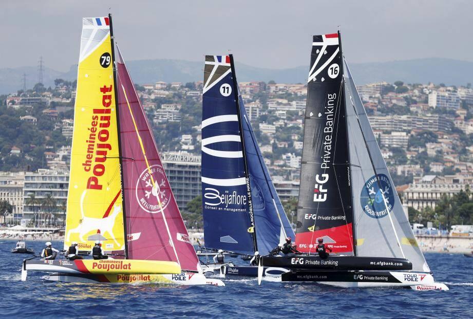 Hier, Cheminées Poujoulat a fait une très grosse impression, menant la finale du début à la fin, quand Beijaflore, 2e des stades nautiques, a été pris dans le trafic.