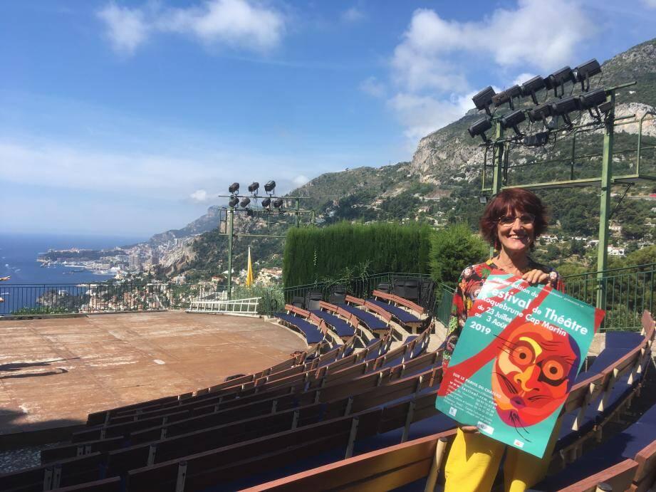 L'organisatrice Chantal Martino, tout sourire, espère faire « aussi bien » que l'édition précédente.