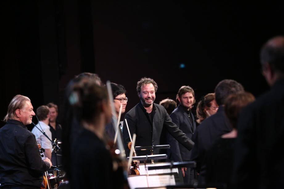 Benjamin Lévy et l'Orchestre de Cannes seront ce soir aux Nuits du Suquet.