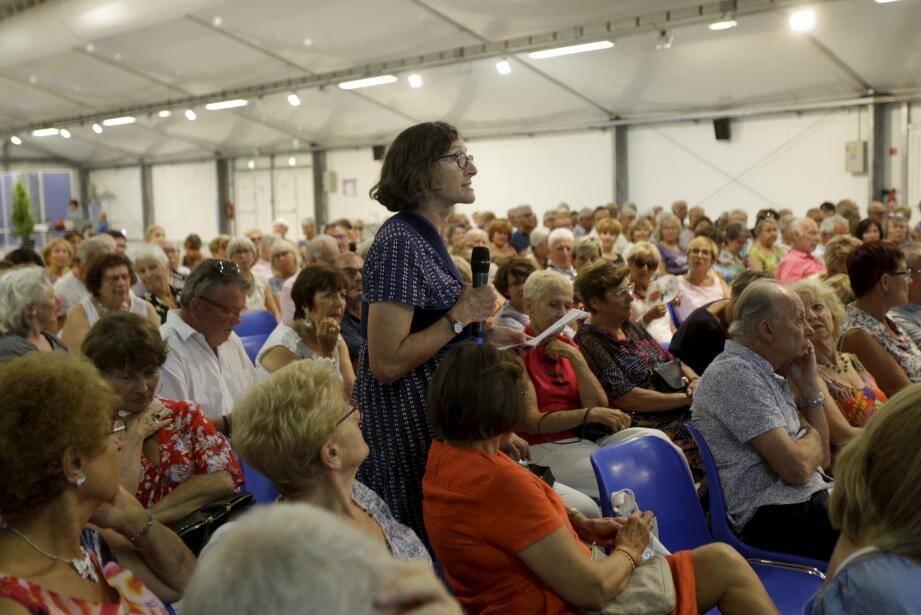 Plusieurs personnes ont demandé la parole lors de l'assemblée générale élective, présidée par Michel Berdaa.
