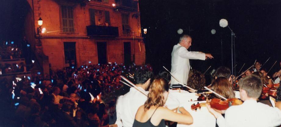 Âgé de 82 ans, Christian Merle photographie le Festival de musique depuis 1965.