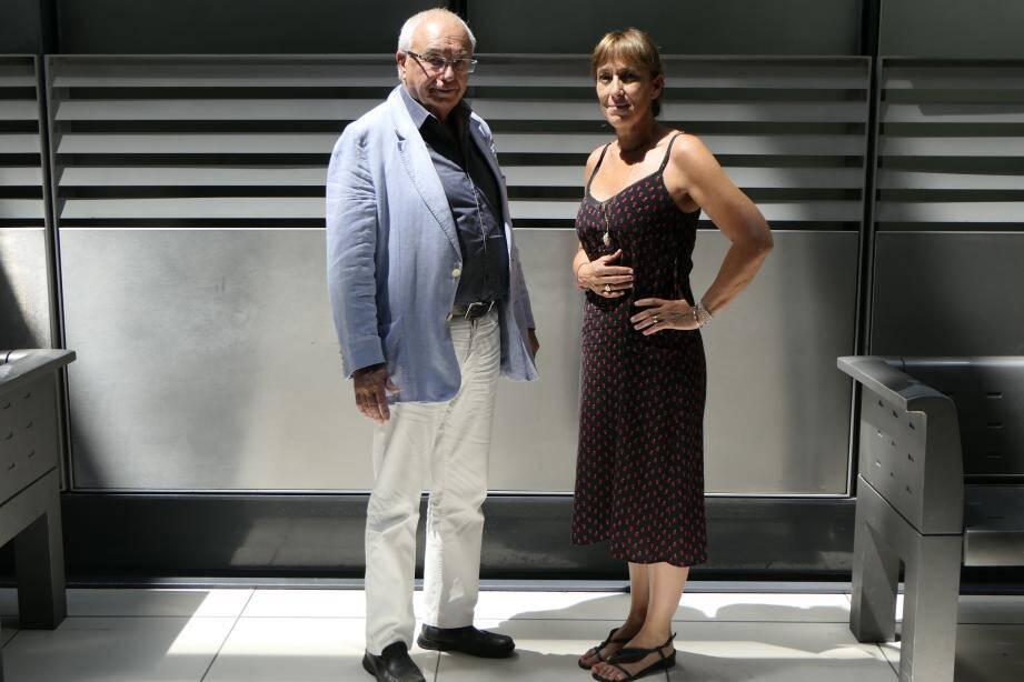 Maîtres Michel Cardix et Tina Colombani, après l'audition de leur client, ce mercredi.