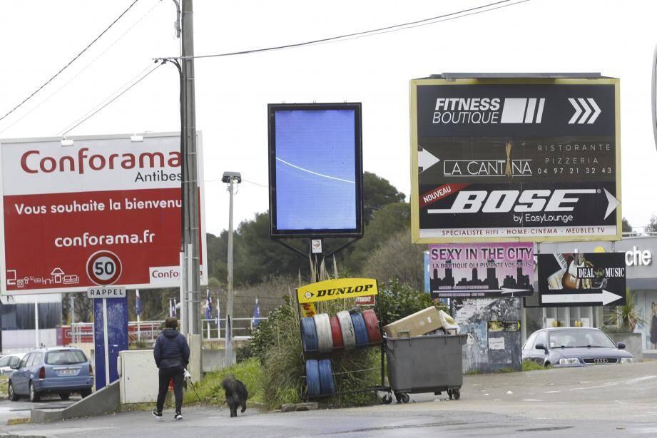 En décembre, le nouveau règlement local de publicité sera arrêté.