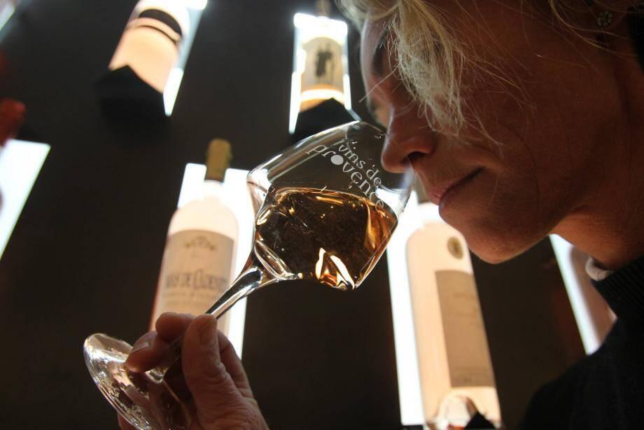 Le montant des exportations de vin de la région s'élève 649 millions d'euros en 2018. La star ? Notre rosé AOP, bien évidemment.