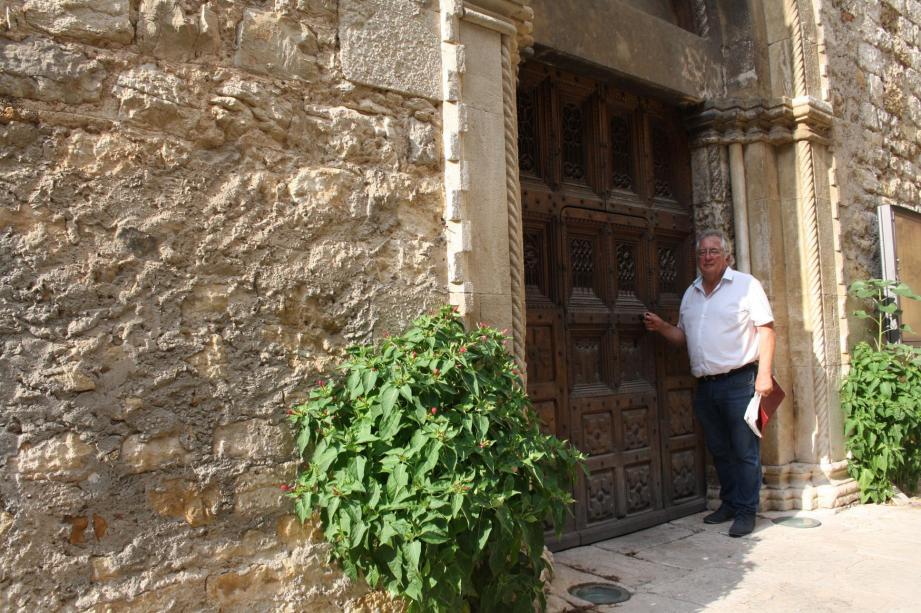 Truffée d'anecdotes, la visite guidée du village dure deux heures.