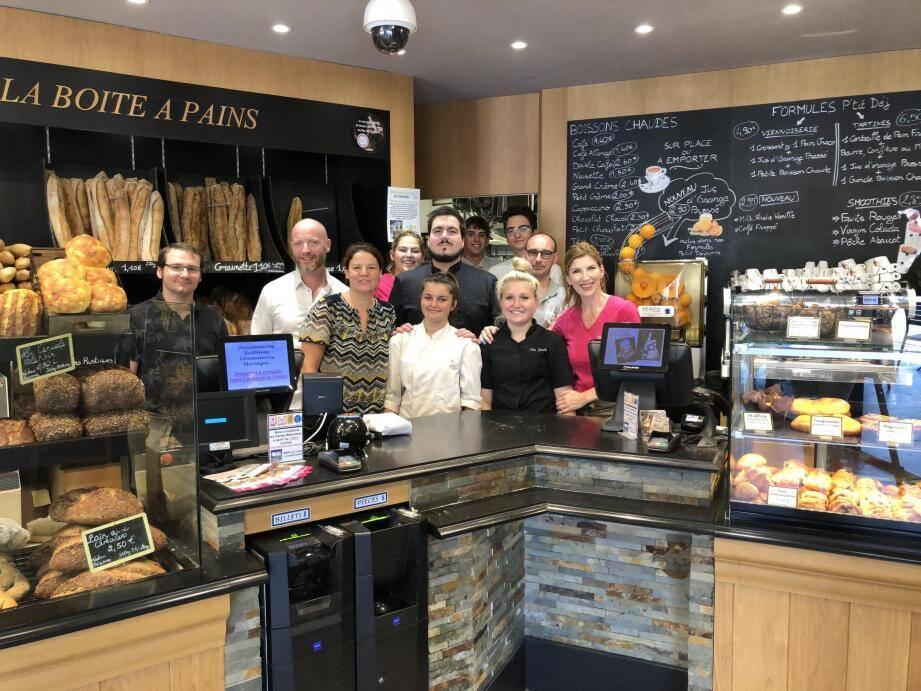 L'équipe de la boulangerie-pâtisserie Weil a fêté ses dix ans d'existence au Plan de Grasse.(DR)
