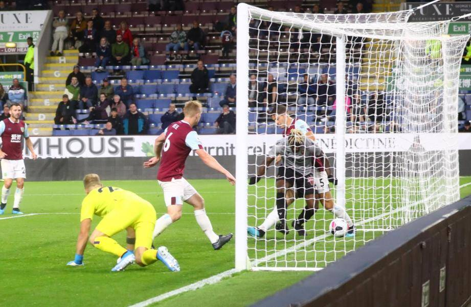 Saint-Maximin a marqué le seul but de son équipe face à Burnley hier (6-1).