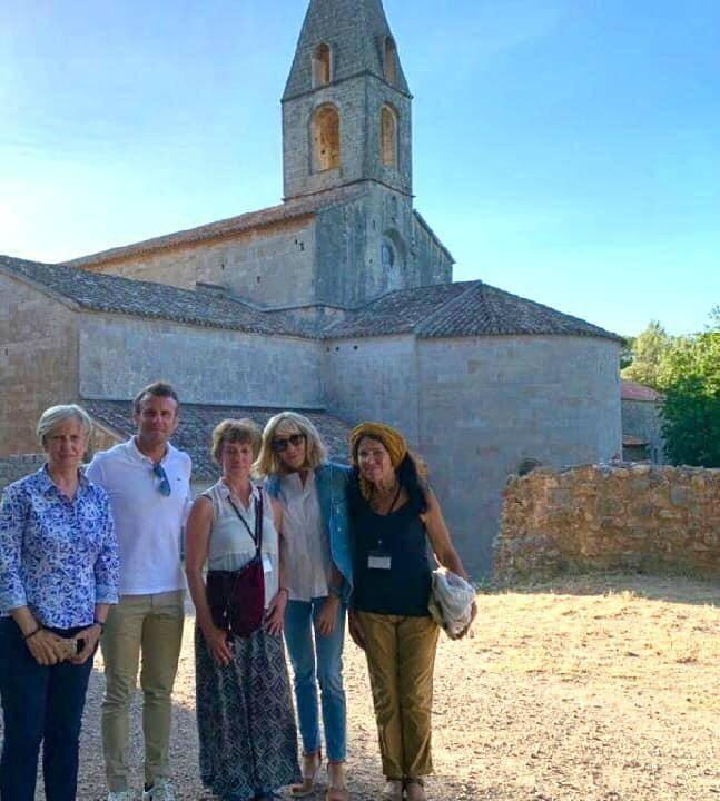 Le couple présidentiel en visite privée à l'abbaye du Thoronet.