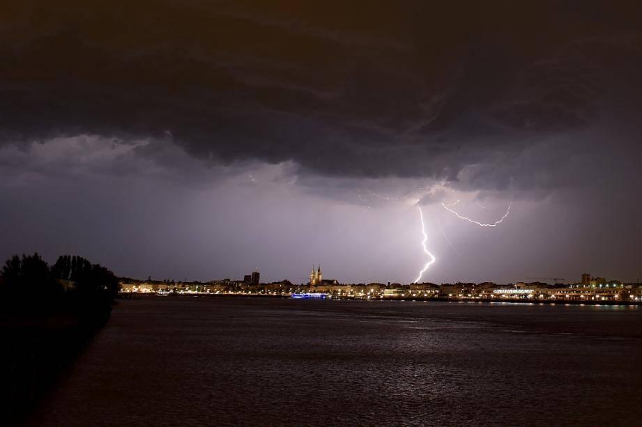 Cinq départements de France sont placés en vigilance jaune orages ce samedi 24 août.