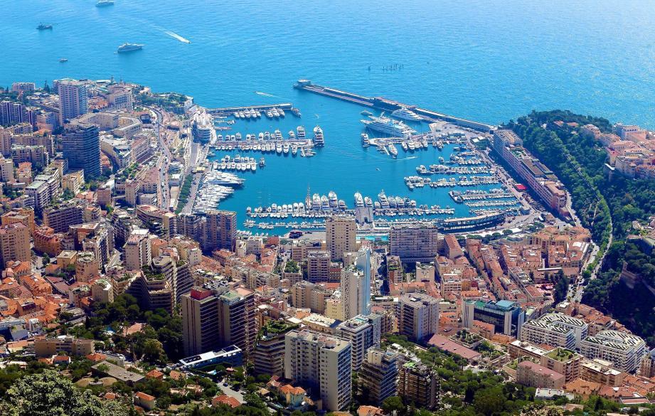 Vue aérienne sur Monaco