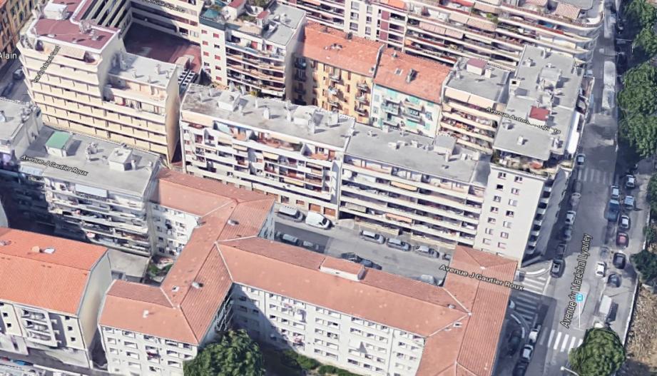Les coups de feu ont été entendus au niveau du 4 rue Gauthier-Roux, à Nice.