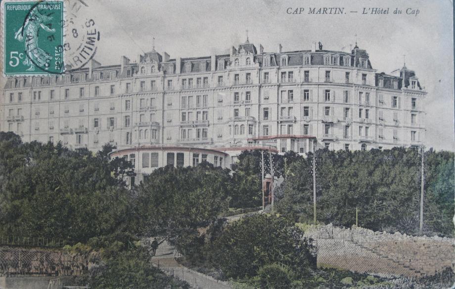 Le Grand Hôtel du cap Martin, où Sissi descendità plusieurs reprises pendant trois ans.