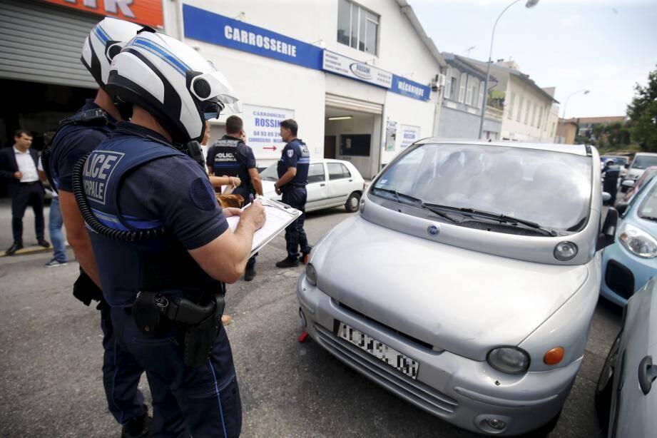 Tous les véhicules des garages des rues du Docteur-Ardoin et de l'Armée-d'Orient ont été contrôlés.