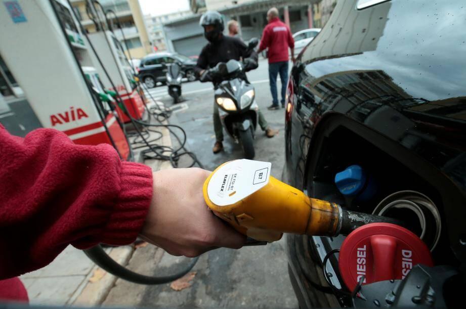 Les prix à l'essence sont en légère depuis une semaine
