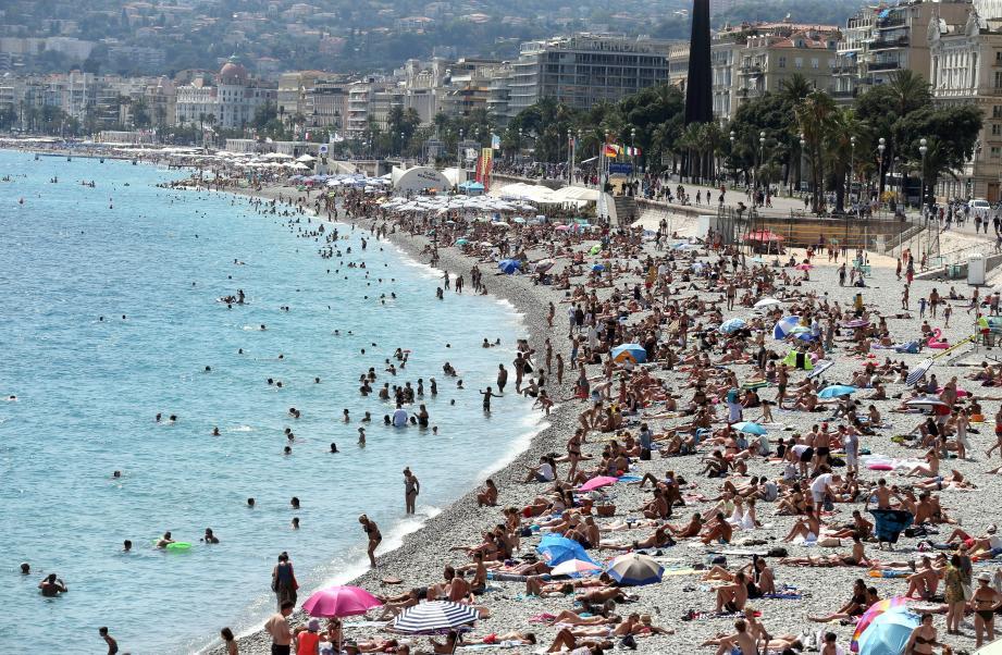 Les maîtres-nageurs-sauveteurs ont dû intervenir à quatorze reprises au cours de la même journée, ce mercredi à Nice, pour secourir des baigneurs pris dans les rouleaux.