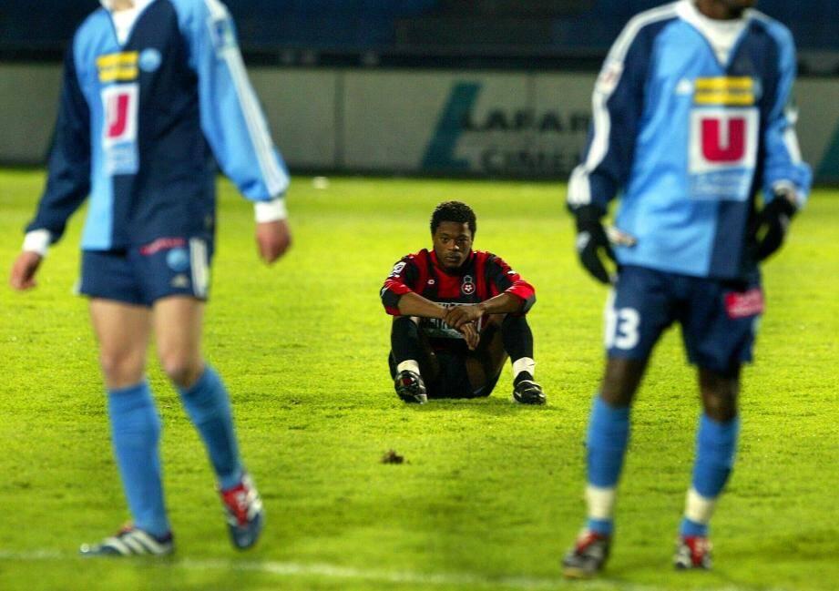 Ici avec l'OGC Nice, lors d'une défaite contre Le Havre en D2, en 2002.