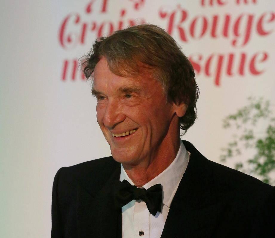 Le milliardaire Jim Ratcliffe lors du gala de la Croix-Rouge à Monaco.