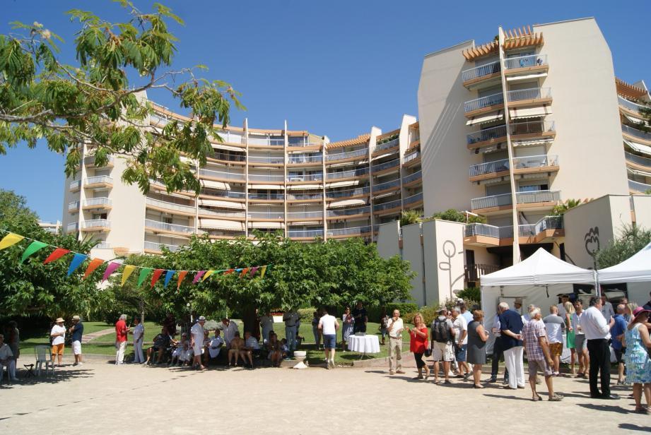 Les 40 ans de la résidence ont réuni autorités civiles et militaires et de nombreux propriétaires résidents ou non résidents.