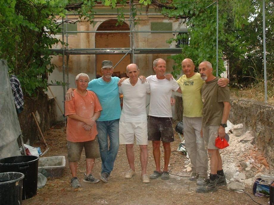 Une équipe de bénévoles qui ne ménage pas sa peine, toujours au service du patrimoine.