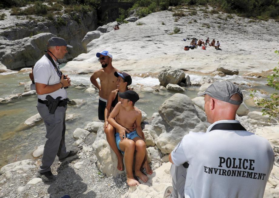 «Il y a un arrêté municipal d'interdiction de baignade depuis 2000, à cause de la dangerosité de la rivière. »